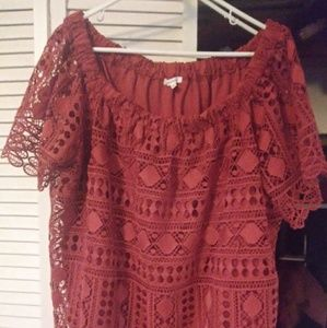 NWOT Maurices size 3 lace top.